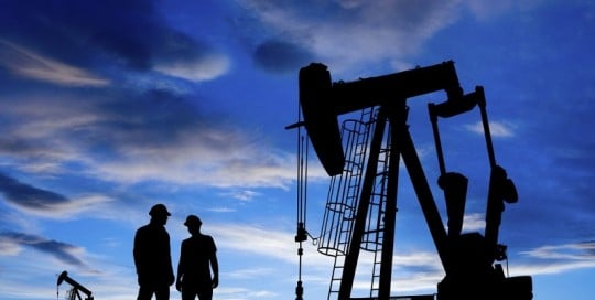 oil drilling industry image