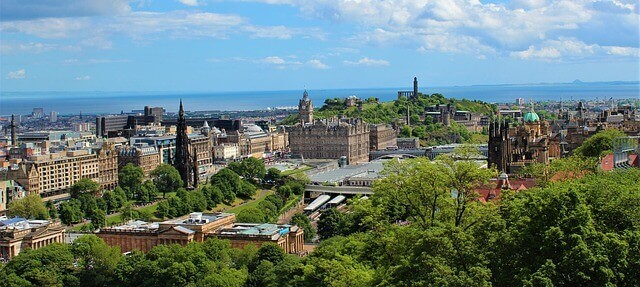 edinburgh_scotland_economy